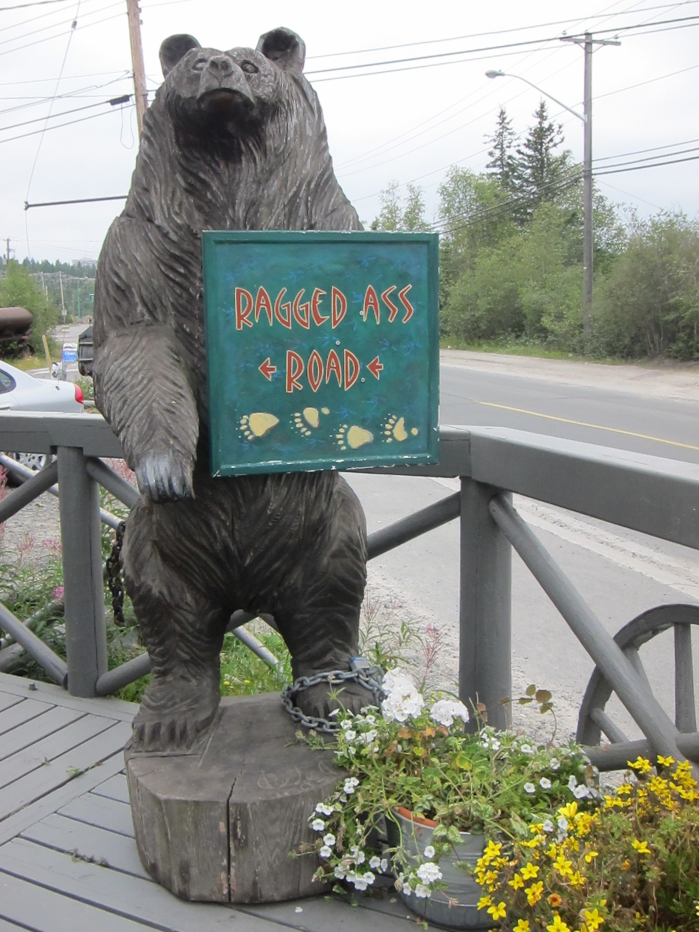 Tinkerblue: Yellowknife - Ragged Ass Road