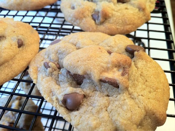 Chewy Chocolate Chip Snickers Cookie