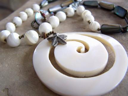 Simply_beachy_necklace