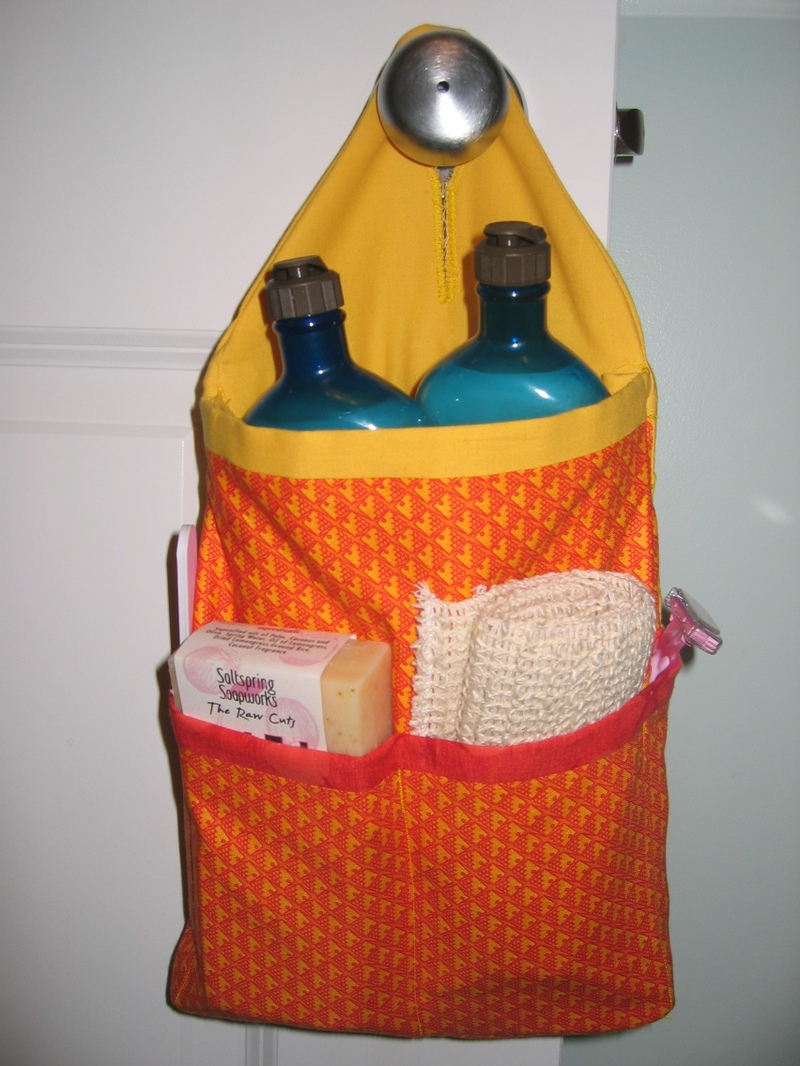 Toiletry_holder_stuffed